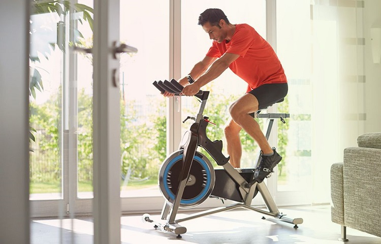 fit man spinning