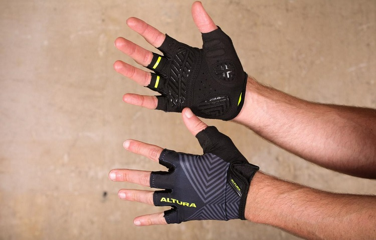 how tight gloves should be